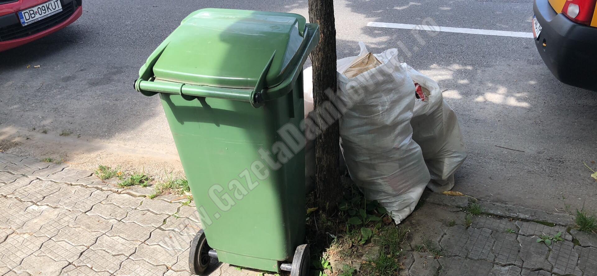 Luni și marți nu s-a colectat gunoiul în Târgoviște și alte zeci de localități. Ce se va întâmpla miercuri