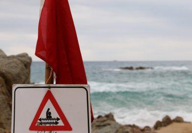 O femeie din Pucioasa s-a înecat în Bulgaria. A intrat în apă în ciuda avertismentelor salvamarilor