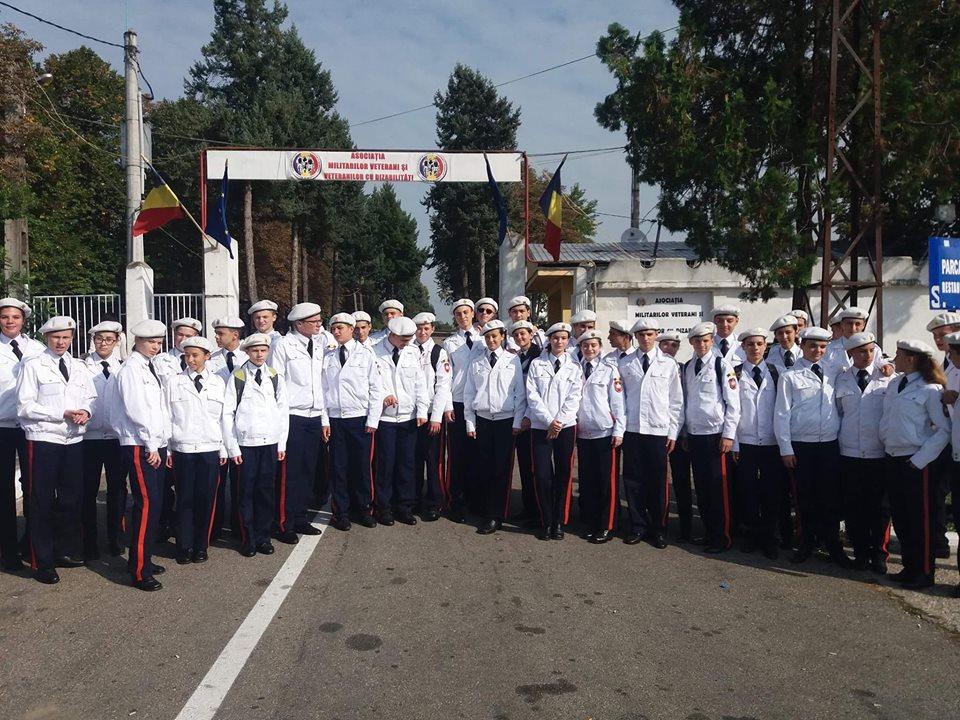 Elevii colegiului militar din Breaza, excursie de studiu la Centrul de Recuperare de la Dealu