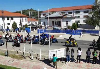 VOINEȘTI:  Zeci de motocicliști au deschis convoiul funerar al tânărului mort în accident