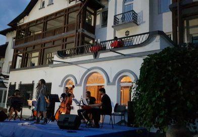 Seara cu parfum de tango, la Pucioasa, pe terasa unei vile cu o poveste de alcov  a regelui Carol al II-lea
