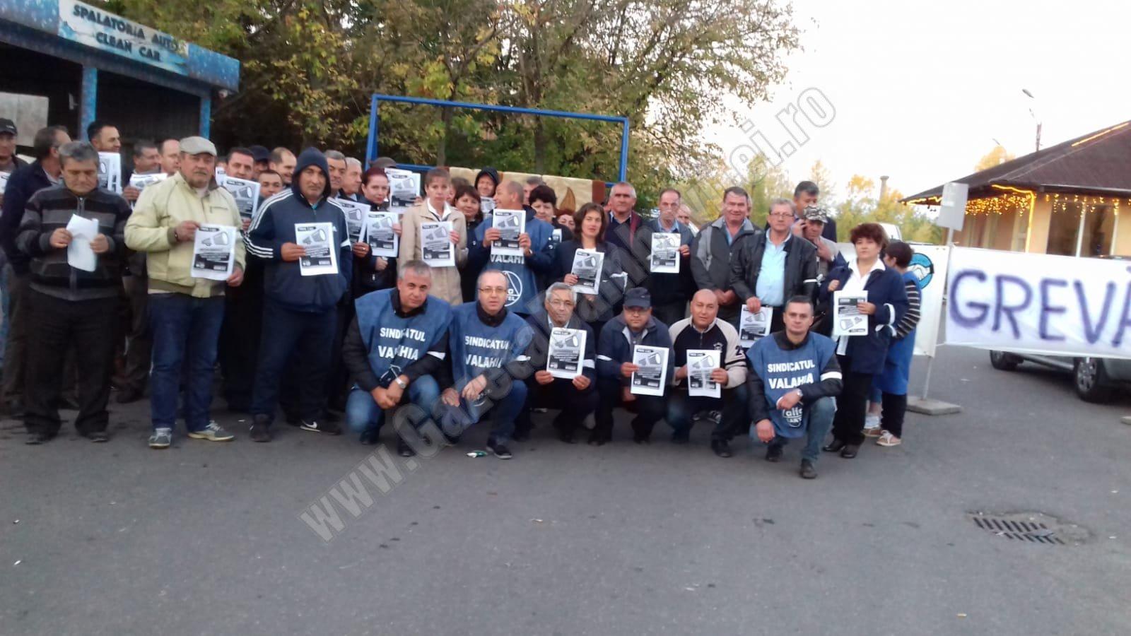 TÂRGOVIȘTE: Sindicatul Valahia anunță încetarea grevei în transportul public. Mașinile revin pe trasee