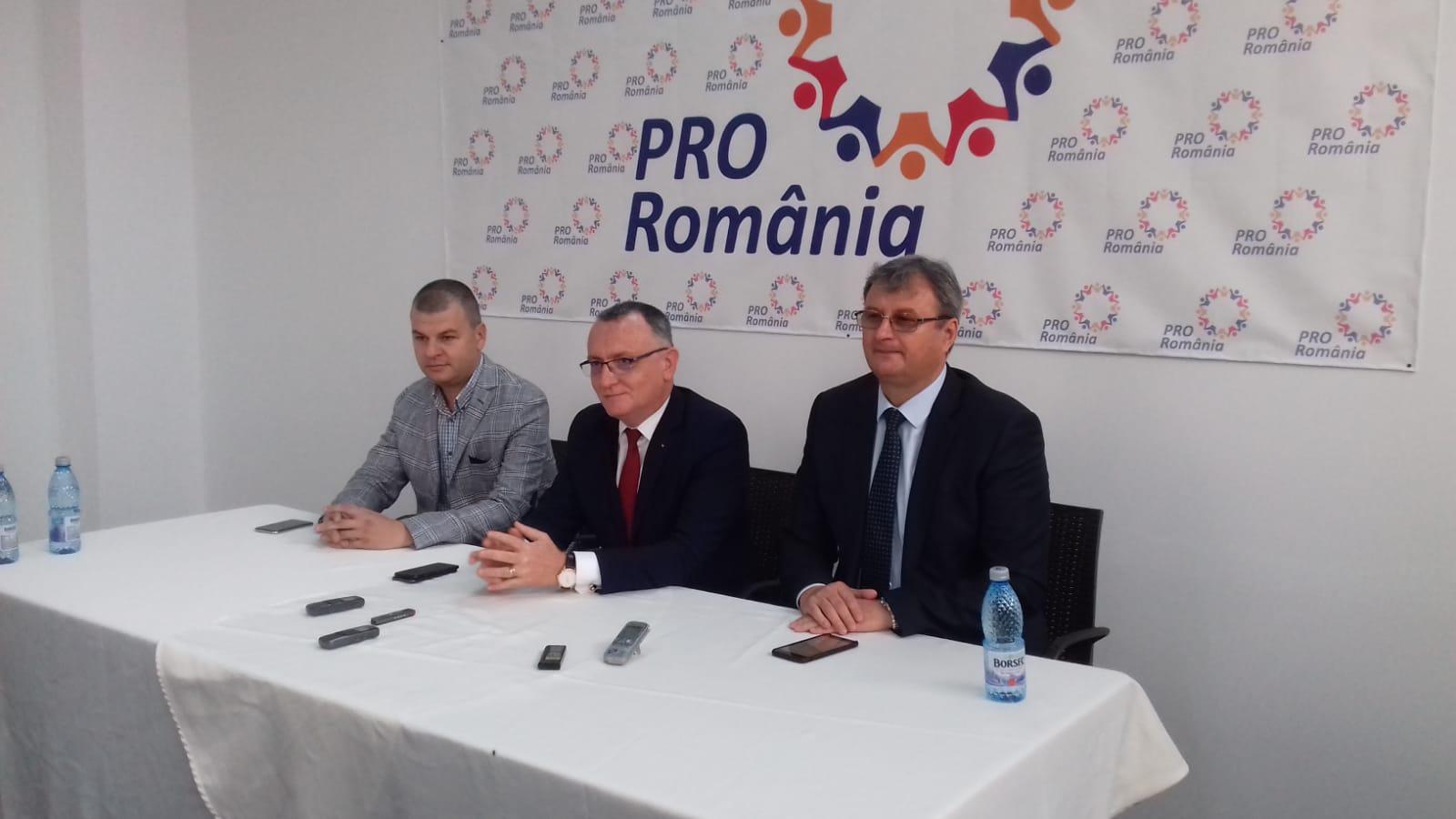 """Sorin Câmpeanu (PRO România): """"Incapacitatea de plată a pensiilor şi salariilor, un scenariu realist"""""""
