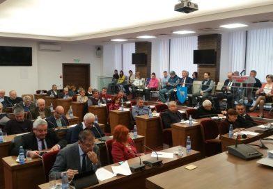 """Consilierii judeţeni liberali vor să se pună """"cruce"""" asocierilor dintre CJD şi primării"""