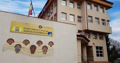 TÂRGOVIȘTE: Două clase au intrat în scenariul roșu, după apariția unor cazuri de Covid-19 printre elevi