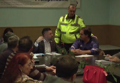 PNL Moreni îi asigură liniștea primarului Dinu! Îi va exclude pe consilierii care l-au apărat pe cetățeanul agresat de Poliția Locală