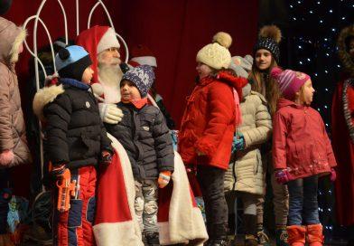 Moș Crăciun rămâne la Târgoviște până vineri seara. Unde îl puteți întâlni!