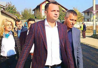 TÂRGOVIȘTE: Primarul și viceprimarul municipiului, vizați de o plângere penală pentru grup infracțional