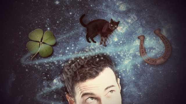 Superstițiile nu ne fac proști, ci mai umani! Opinia unui celebru hipnoterapeut
