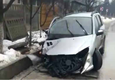 Încă un accident produs de un tânăr fără permis