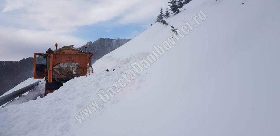 Accesul auto în zona montană se face pe traseul DJ 714 Moroieni  -Sanatoriu – Orzea – Zănoaga