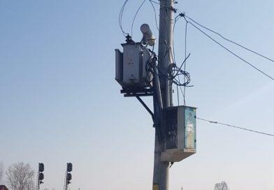 CRÂNGURILE: Un tânăr s-a electrocutat din joacă, sub ochii prietenilor