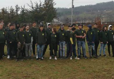 """Elevi din Dâmbovița și Brașov, în pepiniera Pucioasa de""""Ziua internațională a pădurilor"""""""