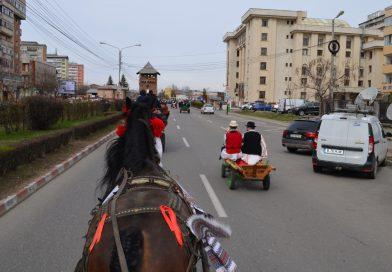 Oameni și cai, binecuvântați de Paștele cailor 2019 – Bulgarii târgovișteni duc mai departe tradiția strămoșească!