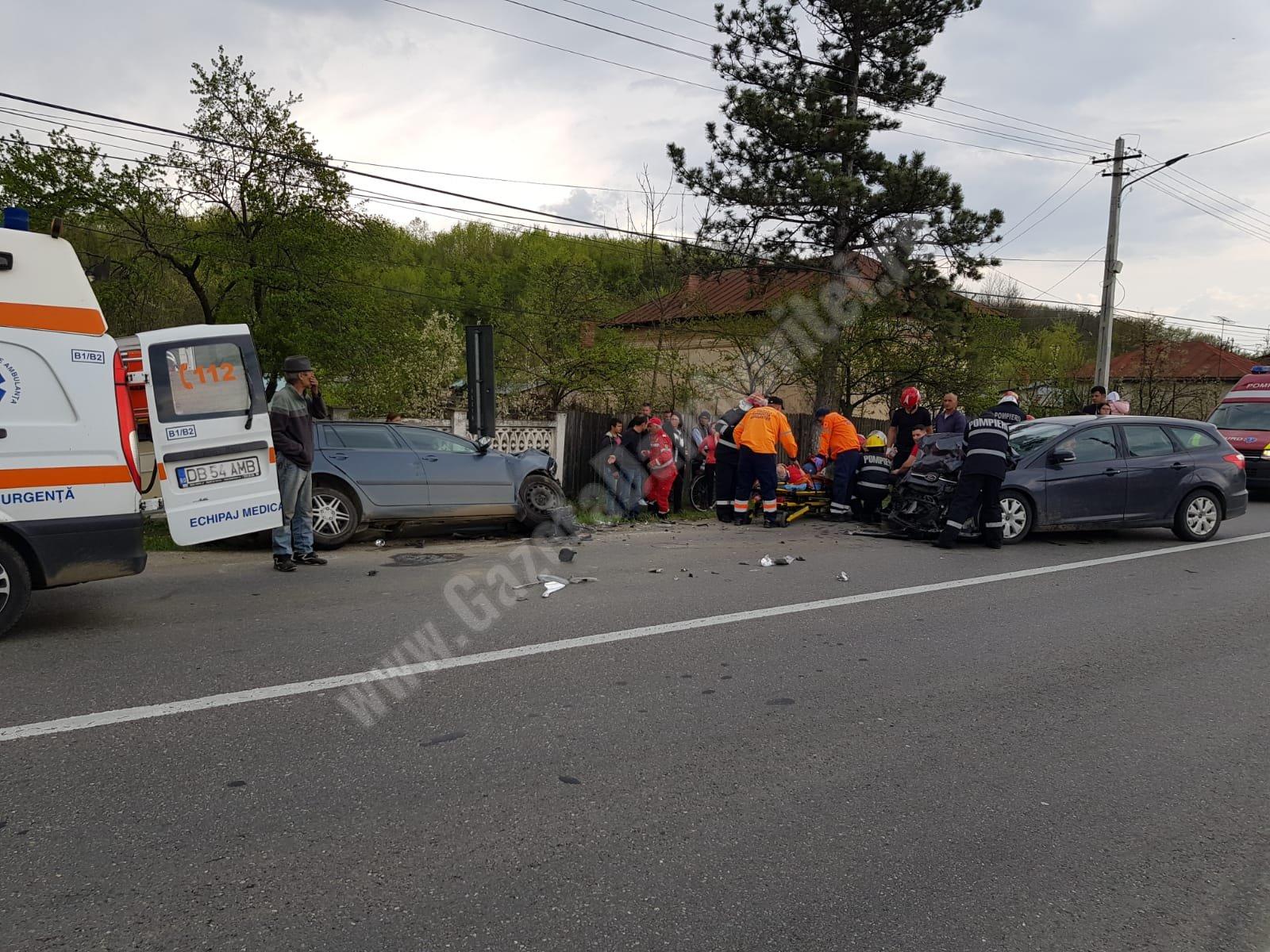 6 persoane rănite într-un accident la Dragodana