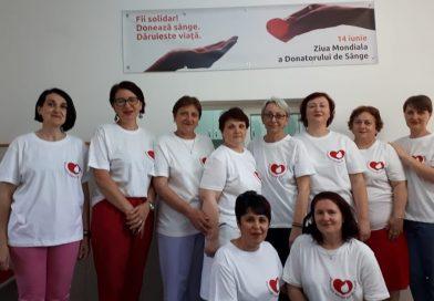 DÂMBOVIȚA: Donatorii, primiți cu diplome, suc şi bomboane de Ziua Mondială a Donatorului de Sânge