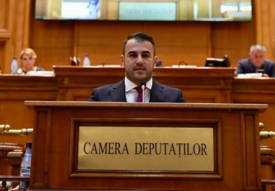 Sebastian Moise, fiul fostului lider al Partidei Romilor Dâmbovița, a intrat în Parlament din partea PMP