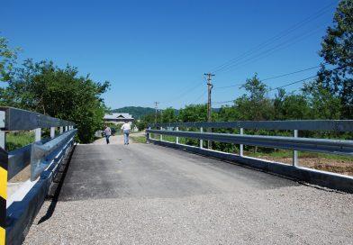 La Valea Lungă a avut loc recepția lucrărilor la podul peste pârâul Tinoasa