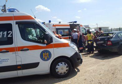 DN 71: Patru mașini, dintre care o ambulanță, lovite în urma unui accident