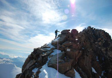 Alpiniști târgovișteni pe vârful Dufourspitze