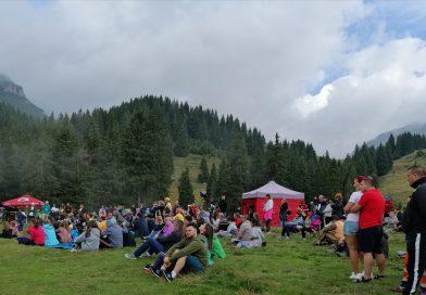 """Prima zi a festivalului """"Padina Folk"""""""