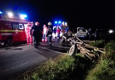 Dărmănești: Accident între un autoturism si o căruță