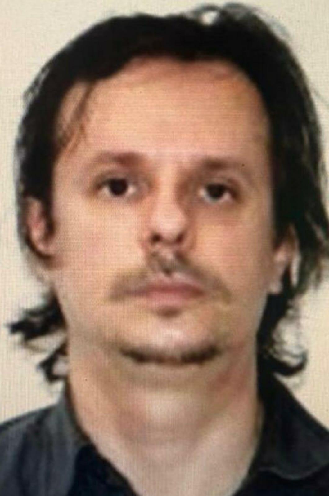 Bărbatul care a produs accidentul mortal la  Gherghești este căutat de Poliție. Persoanele care dețin informații sunt rugate să anunțe