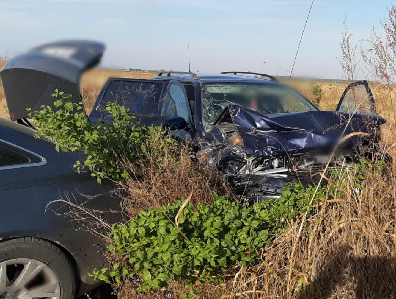 Ionești: Accident auto cu două victime