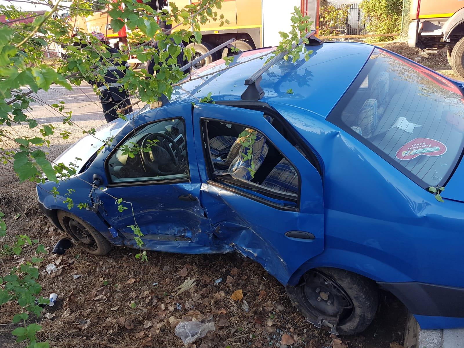 Accident cu 3 victime în Racovița