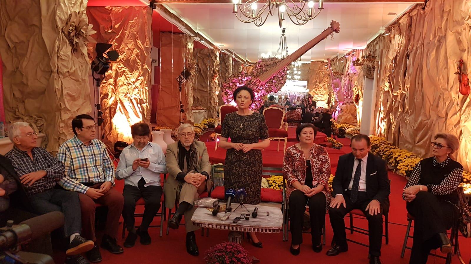După ce a zăbovit timp de trei zile la Târgovişte… romanţa pleacă să cucerească ţara