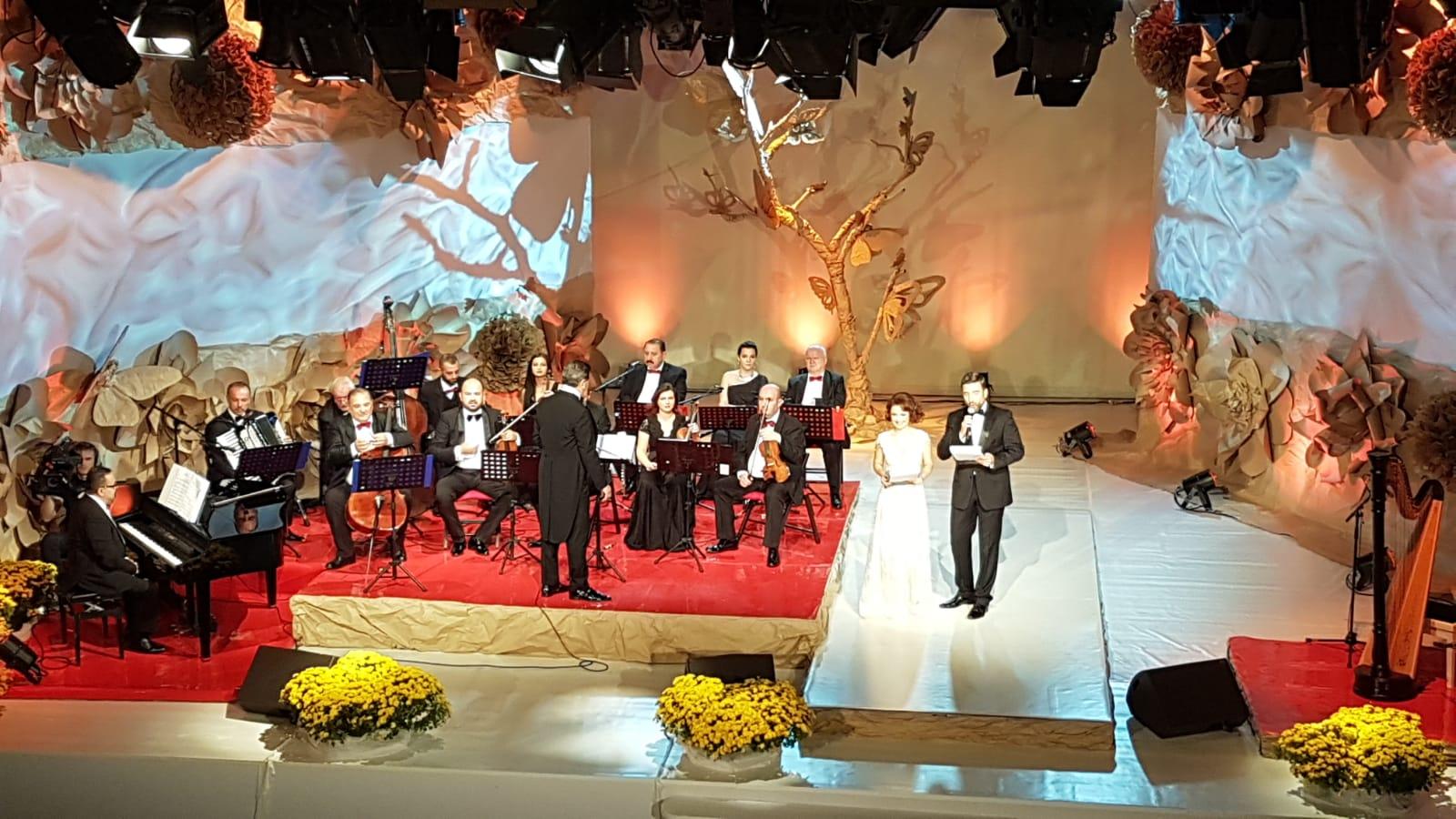 """După trei zile încărcate de romanță şi romantism… la Târgoviște.   """"Crizantema de Aur"""" și-a desemnat câștigătorii"""