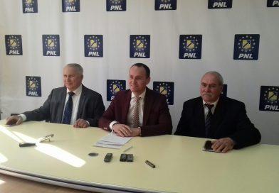 """PNL Târgovişte: """"Cerem Primăriei Târgovişte şi Gărzii de Mediu… să dea un raport în privinţa calităţii aerului pe care-l respirăm"""""""