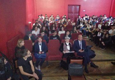 Reprezentanții BNR i-au învățat pe elevii de la Ienăchiță cum să economisească