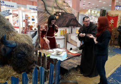 """Complexul Naţional Muzeal """"Curtea Domnească"""" Târgovişte îşi promovează oferta culturală la Târgul de Turism al României"""