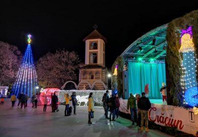 TÂRGOVIȘTE: Orășelul lui Moș Crăciun vă așteaptă în Piața Mihai Viteazul și în scuarul primăriei