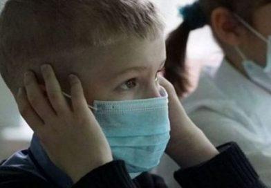 Gripa închide trei unități școlare din Dâmbovița