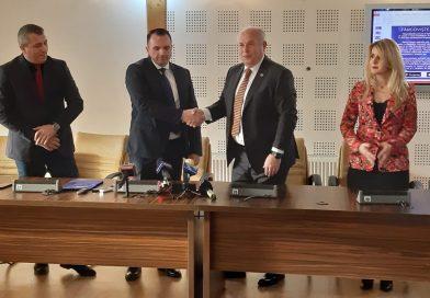 PROTOCOL: Camera de comerț și Primăria Târgoviște merg împreună la Târgul de Turism al României
