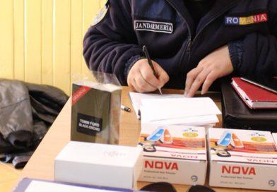 TÂRGOVIȘTE: Parfumuri contrafăcute și marfă, fără acte de proveniență, confiscate de jandarmi