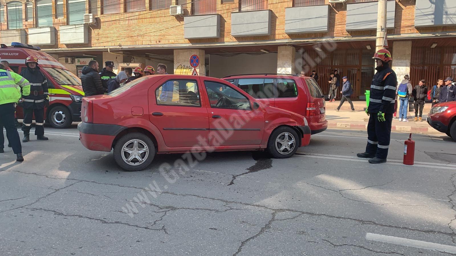 Accident în centrul municipiului Târgoviște, produs de un BMW!  O persoană a fost rănită