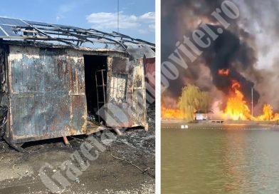 Incendiu puternic pe Lacul Lazuri 5. Au ars obiecte legate de pescuit și instalatia cu panouri solare