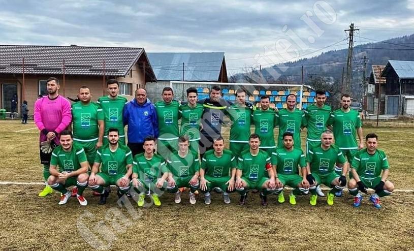 """ȘTIREA DE BINE: """"Brazii binelui"""" la Moroeni! Echipa de fotbal vine în ajutorul localnicilor vulnerabili!"""