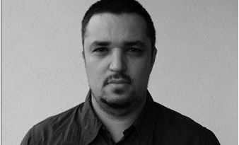 PARADIGME  DIN  POST-IZOLARE  –  Robert  MARIN – Drepturi civile bătute de vînt