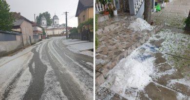 Imagini din Cândești unde grindina a făcut prăpăd! Valea Dâmboviței, puternic afectată în ultimele zile