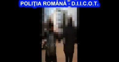 Dâmbovițeni acuzați de terorism, după ce au lansat amenințări cu bombă pe aeroport