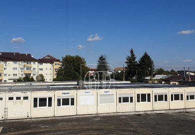 O școală modulară, instalată la Pucioasa pentru a prelua elevii unui liceu aflat in reabilitare
