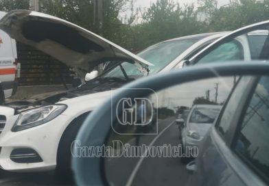 BRĂTEȘTI: Accident între două autoturisme. O victimă, transportată la spital