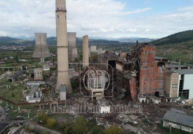 S-a ales praful! Termocentrala Doicești, demolată. A fost pornită, ultima dată, în 2008