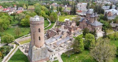 """Complexul Național Muzeal """"Curtea Domnească"""" Târgoviște deschide patru noi expoziții temporare"""