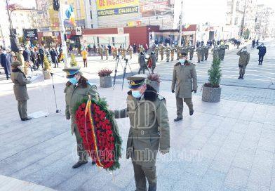 1 decembrie, între politicieni și oficialități! Pandemia i-a ținut pe târgovișteni departe de manifestări (FOTO)