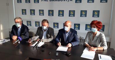 ,,Veste bună'' dată de secretarul de stat din MEC, prof. Sorin Ion: ,,Miercuri, 2 decembrie, se semnează contractul pentru încă 1200 de tablete, termenul de livrare fiind de o zi''